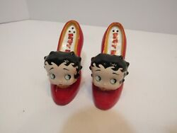 Betty Boop Red High Heel Shoes Ceramic Salt And Pepper Shakers