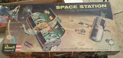 Very Rare 1959 Revell Space Station--- Complete W Repro Decals And Poster