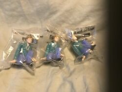 Vintage 1995 Long John Silvers Free Willy 2 Jesse Toy Figurine Lot Of 3