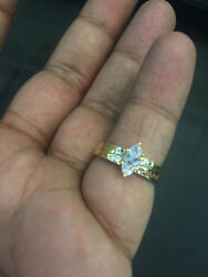 0.50 Tcw F/vs1 Marquise Cut Diamond Anniversary Solitaire Ring In 750 18k Gold