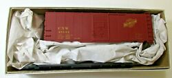 Accurail Chicago And North Western Candnw Aar 40' Boxcar Kit. Candnwhs. 2 S Available
