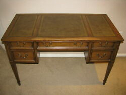 Sligh Vintage Mid Modern Writing Desk With Leather Top With 4 Drawers