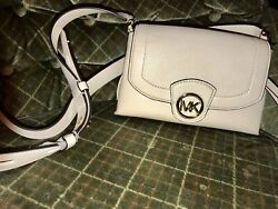 Michael Kors Cream Leather Bowery Cross Shoulder Bag Nwt $55.00