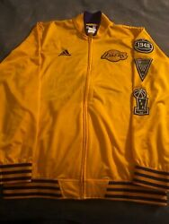 Los Angeles Lakers Adidas Menand039s Official 2015/2016 On-court Warm-up Jacket -gold