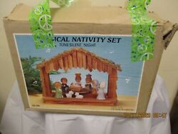 Vintage House Of Lloyd Musical Silent Night 9-piece Nativity Set In Box, Works