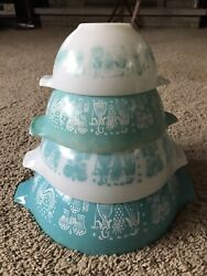 Vintage Pyrex Nesting Bowls Set, Turquoise And White