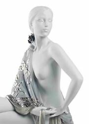 Lladro Nude With Shawl Woman Figurine. Silver Lustre 01008673