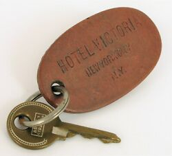 Antique Historic Hotel Victoria New York City Nyc Leather Hotel Room Key Fob Tag