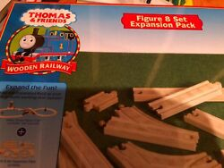 Brand New Thomas Tank Engine And Friends Stop And Go Figure 8 Set Expansion Pack