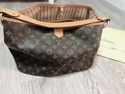 Authentic Louis Vuitton LV Monogram Tote Hand Shoulder Bag Used $900.00