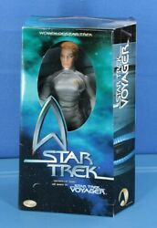 """Star Trek Voyager Classic Edition Seven Of Nine 12"""" Action Figure Playmates"""