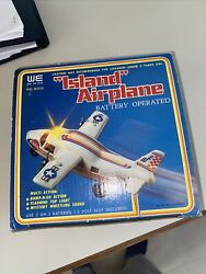 Vintage 1980's Island Airplane Plastic Toy +box Whi Thy Toys Doesnt Work 3573