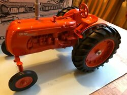 Cockshutt  Co-op E5 For 1988 National Farm Toy Museum Made By Ertl Toys 1/16th