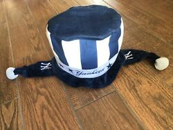 MLB Licensed Forever Collectibles NY Yankee Winter Beanie Hat Cap Ear Flaps