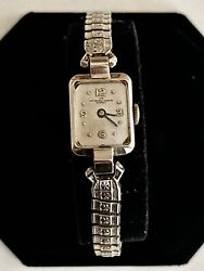 Solid 14k White Gold 17 Jewels The Van Heusan Charles Co. Ladies Wristwatch