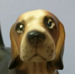 Vintage Porcelain BEAGLE Dog Statue Figurine 4.5 inches tall Marked C6742