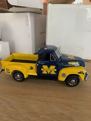 University Of Michigan Pickup Truck And Accessories