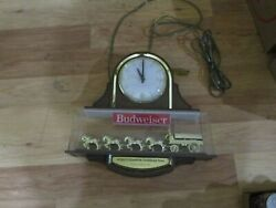 Nice Old Budweiser Clydesdale Team Wagon Lighted Beer Clock Sign Anheuser Busch