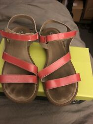 Aster Sandals Coral Orange Patent Leather Girls 2 Euro 33 $14.00