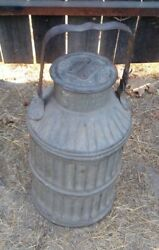 Rare Vintage Standard Oil California Galvanized Ribbed Petroleum Can Vg Cond