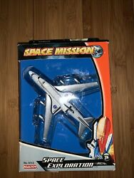 Daron Space Exploration B747 Carrier And Space Shuttle Collectible Die Cast