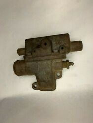 3.0l Omc Thermostat Housing Gm Casting 910360