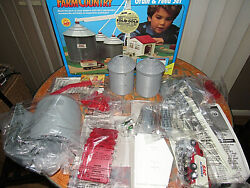 Vintage Ertl Farm Country Grain And Feed Set --- Cool