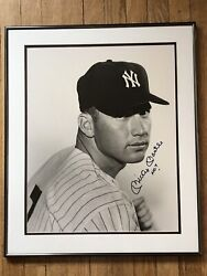 Mickey Mantle Signed 16x20 New York Yankees Beautiful Framed Photo Face Shot