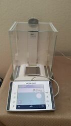 Mettler Toledo Xp204 Analytical Balance 220 Gx0.1 Mg W/ Adapter Tested Great
