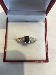 14 Kt Gold Sapphire Sept B Stone And Diamond Ring
