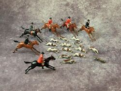 Britains Vintage Lead Pre War Hunt Full Cry With Fox 20 Pieces.