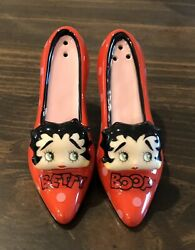 Betty Boop Collection. High Heel Salt And Pepper Shakers. Never Used.