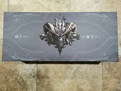 Blizzard Diablo Iii Chess Set Limited Edition Collectors Set - Angels And Demons