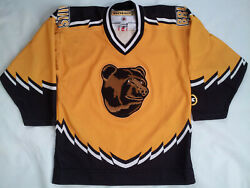Vintage Made In Canada Boston Bruins The Pooh Bear Youth Hockey Jersey Size L/xl