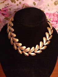 Vintage Necklace Large Leaf Gold Toned Grecian Style Runway Sign Erwin Pearl 17