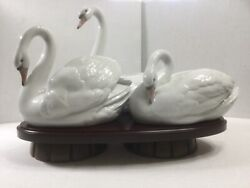 Lladro Spain Three Swan Porcelain Sculptures On Footed Wood Base Large 11 X 16