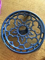 Le Creuset Blue Footed Cast Iron Trivet Warming Hot Plate Candle