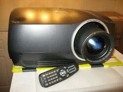 DIGITAL PROJECTION dVISION 35 WQXGA Barco ProjectionDesign F35 PROJECTOR