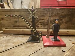 Vintage Lionel Lines Crossing Signal Gate Bar Guard And Flagman 4045