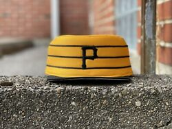 Dead Stock Pittsburgh Pirates Pill Box New Era Fitted 7 1/4 Mlb Vintage