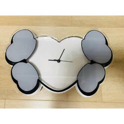 Kaws X Hectic Heart And Crossbone Wall Clock Watch World Limited 100 Rare Japan