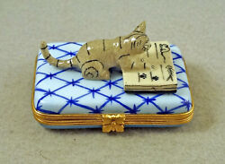 New French Limoges Trinket Box Kitty Cat W Book About Fish And Mice On Blue Rug