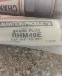 Champion Rhm40e Spark Plugs Pack Of 12 New. Price Firm No Offers