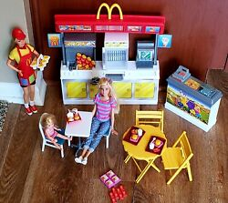 2001 Barbie Kelly Mcdonalds Fun Time And Restaurant Play Set