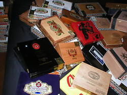 50 Various Brands Empty Wooden Cigar Box Lot Fuente Padron Wood Boxes Crafts Aid