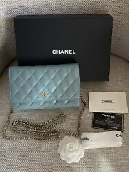 Nib 100auth Iridescent Blue Caviar Leather Woc Wallet On Chain Bag
