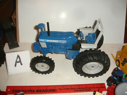 1/16 Ford 7710 Toy Farmer Tractor