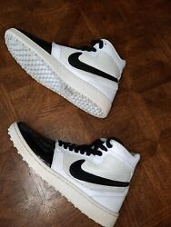 Nike Trainer Clean Sweep And039white Black Shoes Mens Size 10.5 Htf 2012 Used