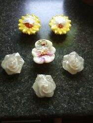 6 Floating Candles NEW Flower Shaped