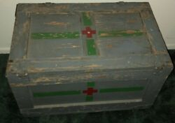 Rare War 1943 Vintage Fisher Price Pull Toy Co Wooden Medical Trunk - Pick Up Ca
